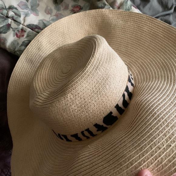 BeBe Straw hat
